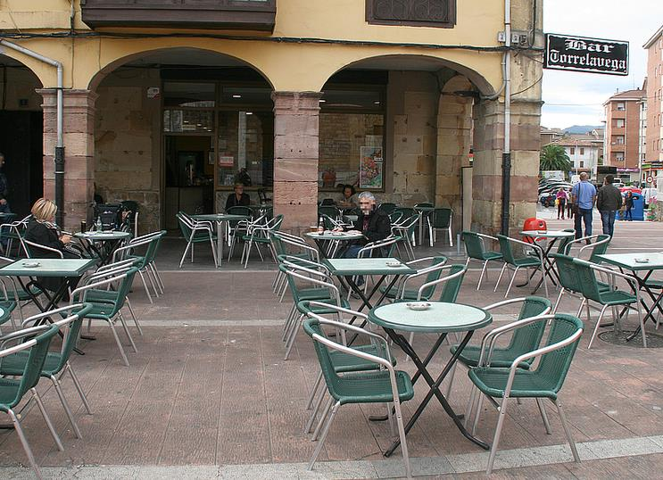 Bar Torrelavega. Plaza Baldomero Iglesias, 5. Torrelavega