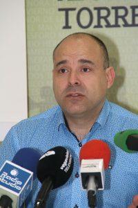 Javier Melgar (C) ESTORRELAVEGA