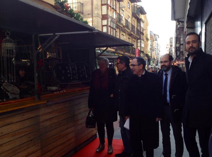 El Mercado Navideño abre sus puertas en la calle Consolación