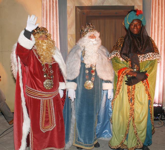 Todo preparado para recibir a los Reyes Magos - Foto: Cabalgata de Reyes de Torrelavega, 5 de enero de 2017 - Archivo ESTORRELAVEGA