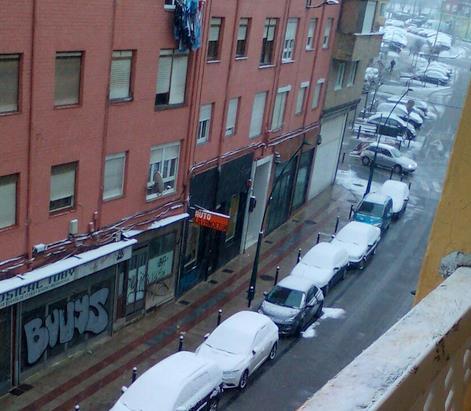 Foto: Soco Revuelta - Torrelavega amanece nevada