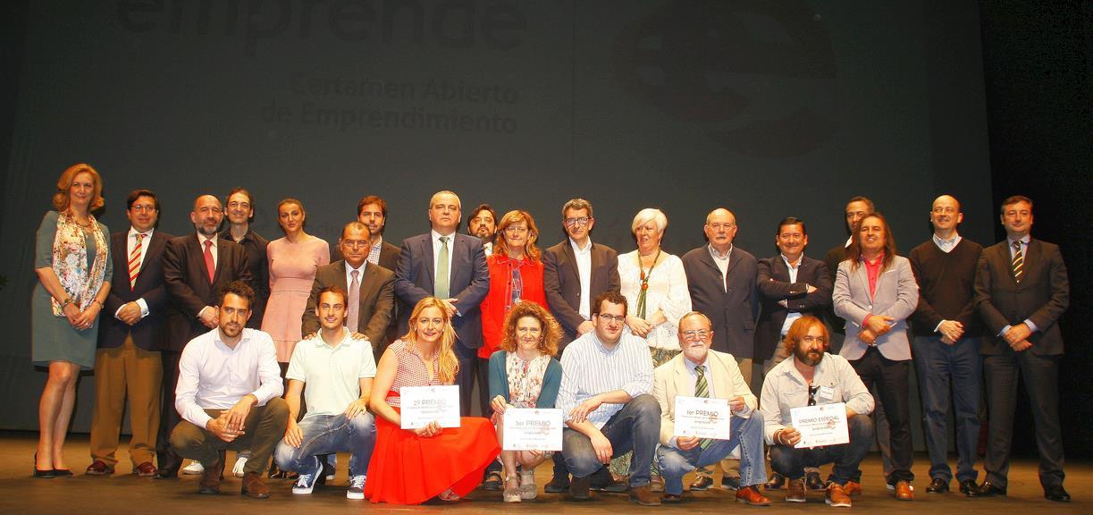 """El proyecto """"Oxidación Avanzada"""" gana la primera edición del Certamen Abierto de Emprendimiento"""