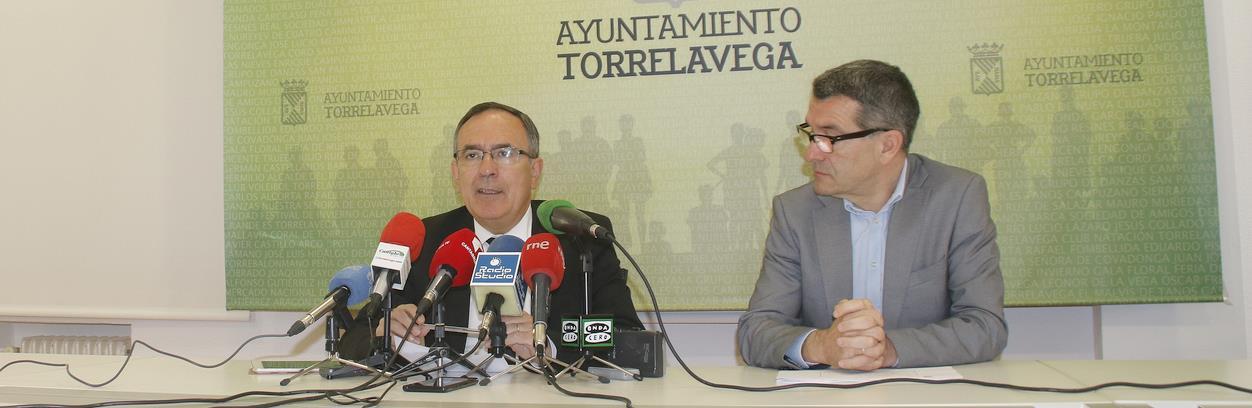 José Manuel Cruz Viadero y Pedro Pérez Noriega - El presupuesto de Torrelavega para 2018 incluye más de 17 millones para inversiones