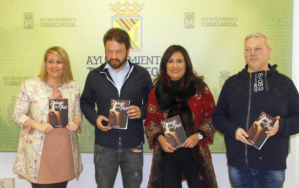 Torrelavega celebra el I Certamen de Poesía 'Noche de Primavera'