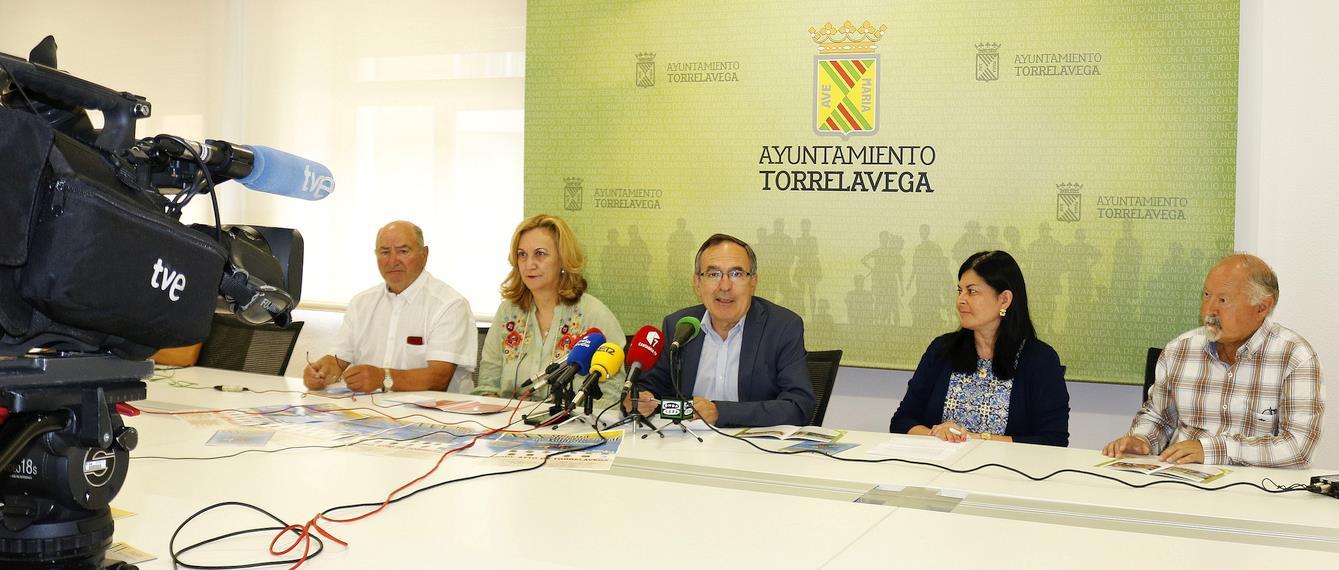 """Presentada la XXX Muestra Internacional de Folclore """"Por las tierras de Cantabria"""""""