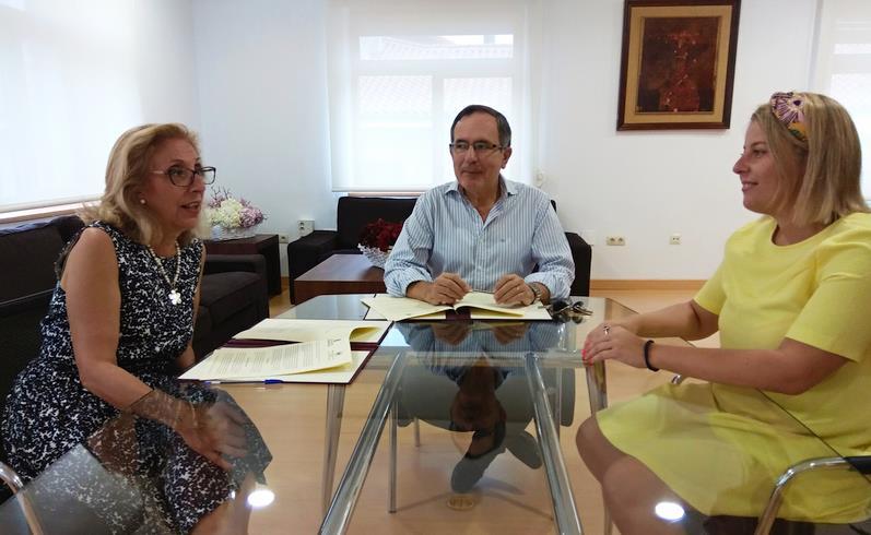 Récord de participación en los Cursos de Verano de la UNED en Torrelavega