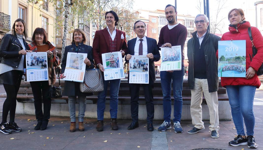 """Javier Castillo """"Poty"""" protagoniza el calendario solidario del Fernando Arce"""