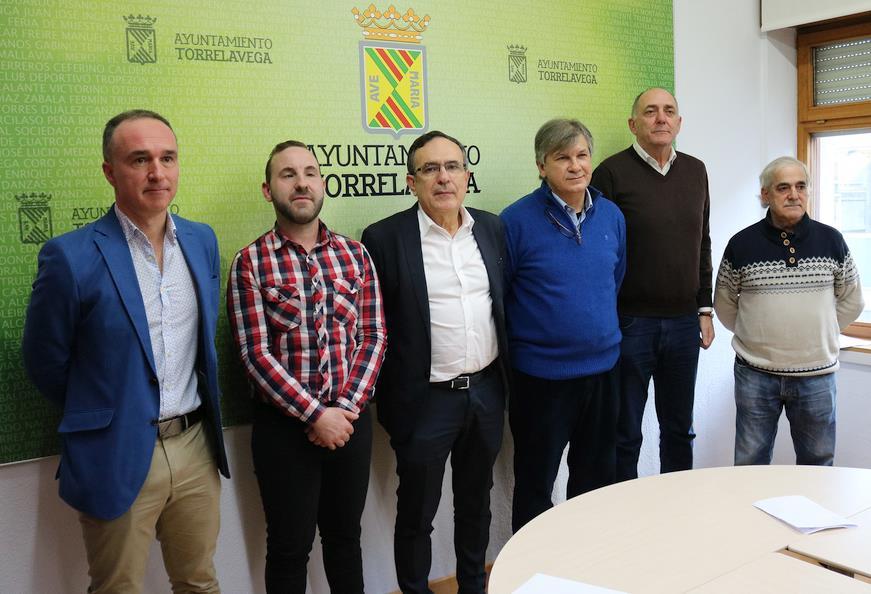 El sábado se inaugura en Cuatro Caminos el monumento con la figura de Ángel Quintanal
