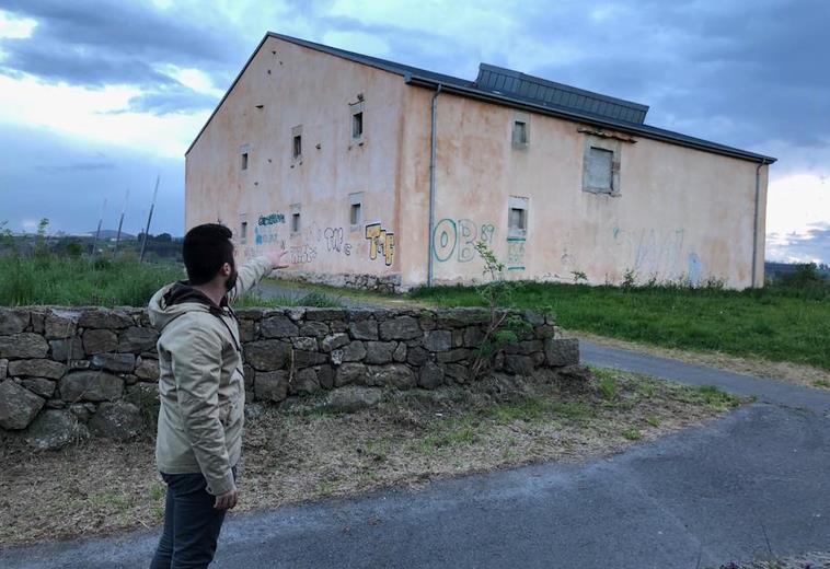 C's denuncia el 'despilfarro' de más de dos millones y medio de euros en la obra inacabada de la Casa de Juventud de Reocín