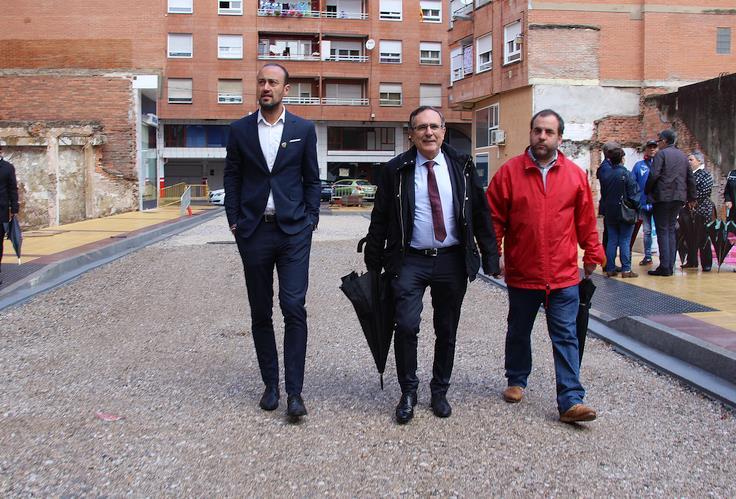 El tapón de la calle Amador de los Ríos será historia en pocos días