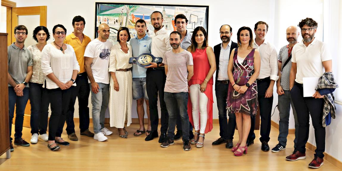 El Alcalde Javier López Estrada recibe al campeón Sergio García