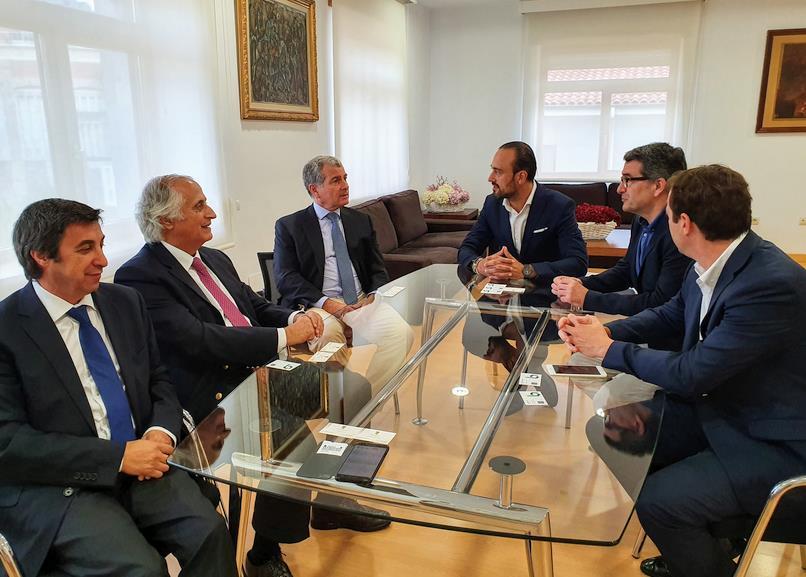 López Estrada agradece a Bondalti Cantabria su apuesta por Torrelavega