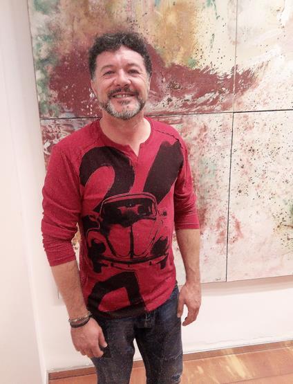 """Inaugurada la exposición de Fran Querol """"Pintando sirenas y escuchando nada"""""""