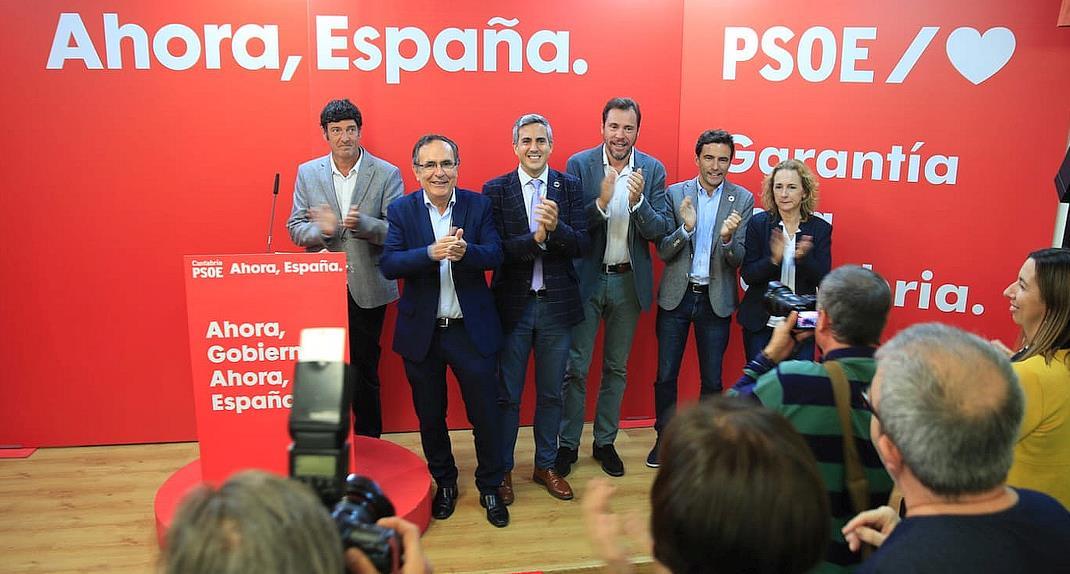 Óscar Puente visita Torrelavega