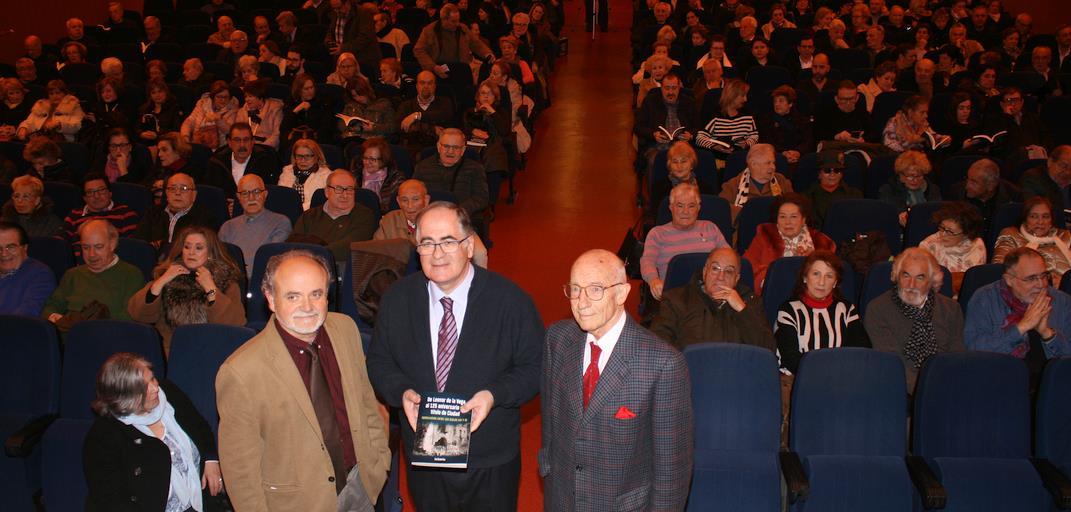 El Marqués de Santillana se llenó para la presentación del nuevo libro de José Ramón Saiz