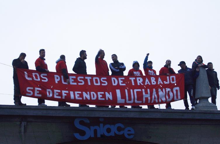En la imagen de archivo manifestaciones de los trabajadores de Sniace